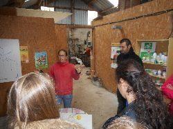 Visite de la ferme du- Biau chemin- en anglais
